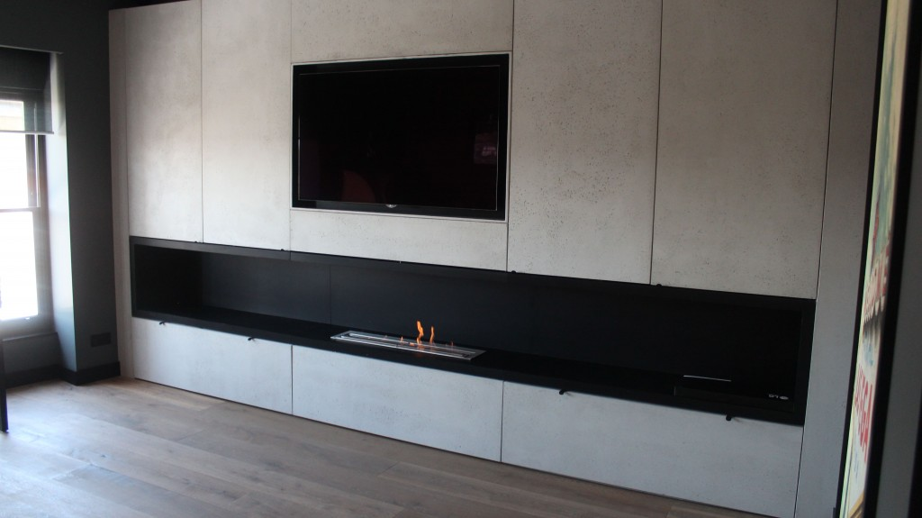 Simple yet elegant styled bioethanol fireplace