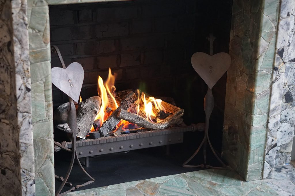 Romantic Traditional Gas Fireplace